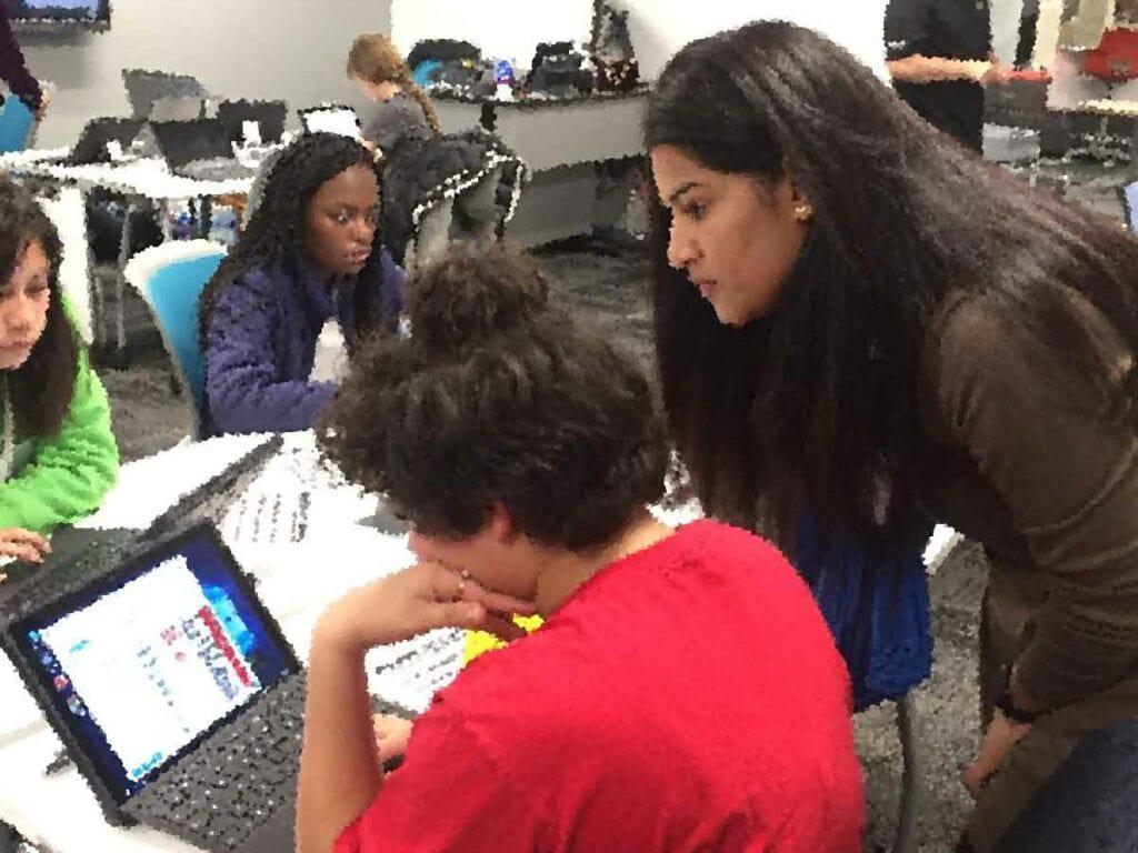 Как изменилась классная комната/Changing the Classroom Experience Cisco