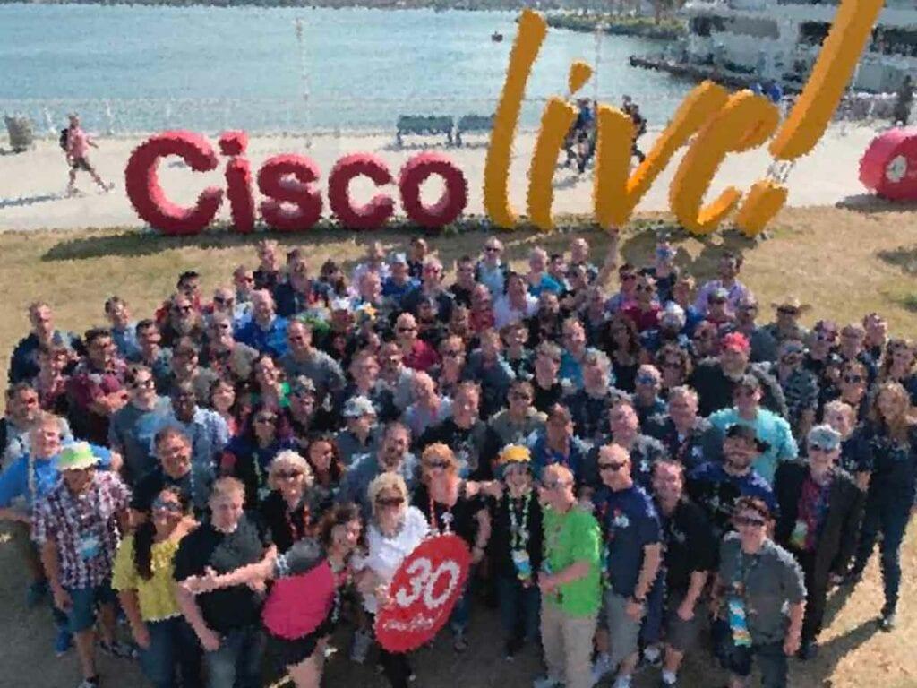 Cisco Live CP-1001: Бесплатный мастер-класс по курсу CCNA Routing and Switching от инструктора-эксперта Энтони Сиквера (Anthony Sequeira)