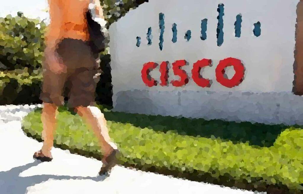 Айк предотвращает межгалактический конфликт Cisco