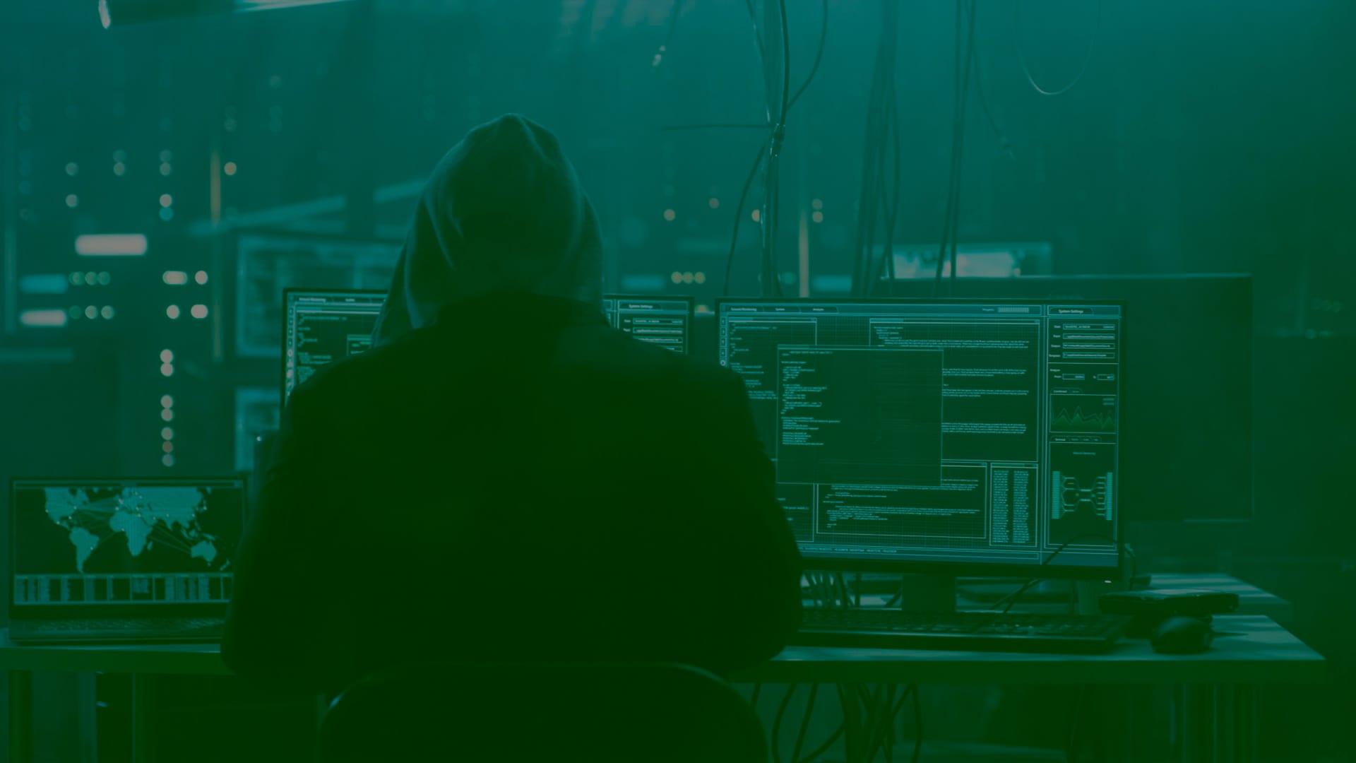 Как обнаружить уязвимости и взломать сервер в DMZ-зоне