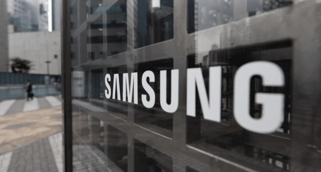 Приложение Updates for Samsung вымогает деньги за обновление OS, безопасность информационных систем Воронеж