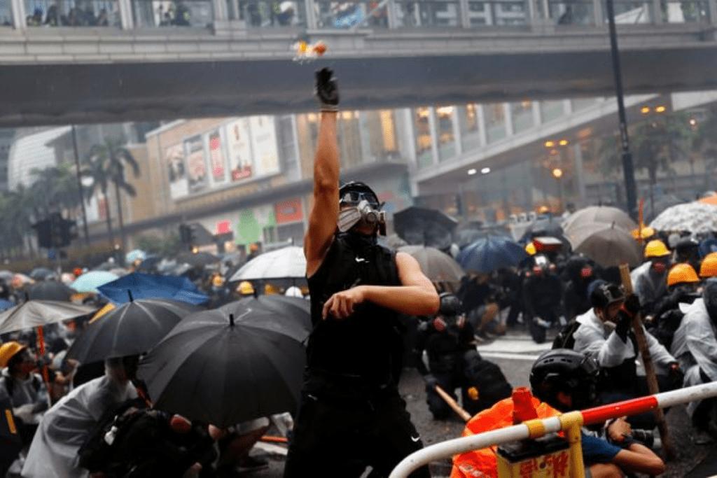 Демонстранты в Гонконге не доверяют Telegram, курсы информационная безопасность Тбилиси