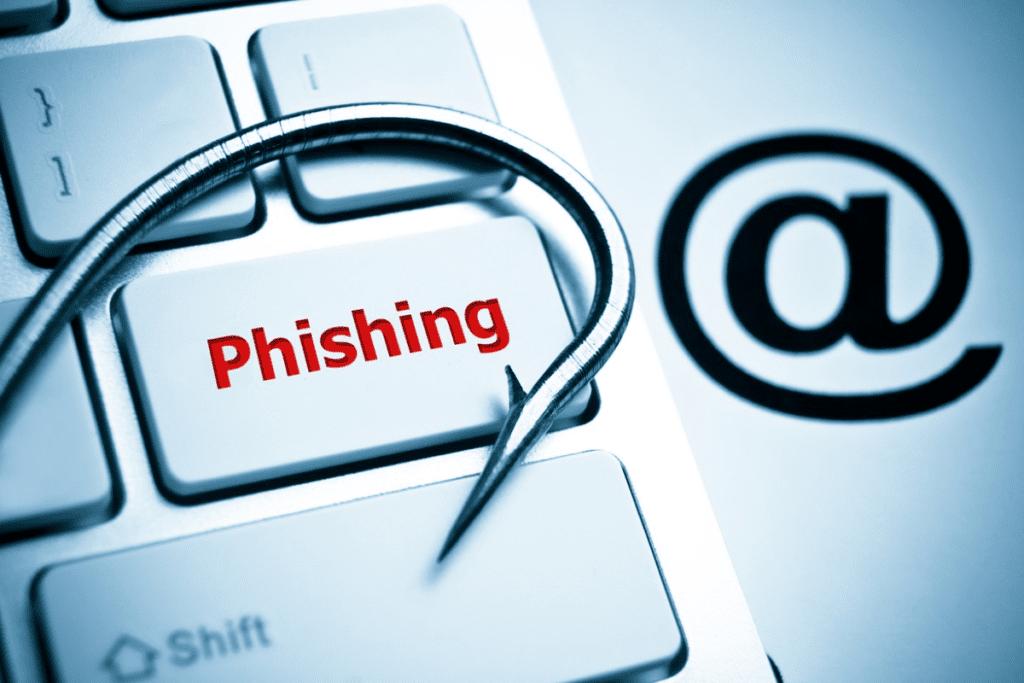 Пользователи сети не могут отличать фишинговые сайты от настоящих, курсы повышения квалификации по защите информации Казань