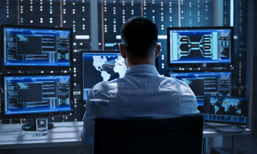 Кадровые решения в сфере кибербезопасности от специалистов ИТ-сектора, курсы по информационной безопасности в Москве