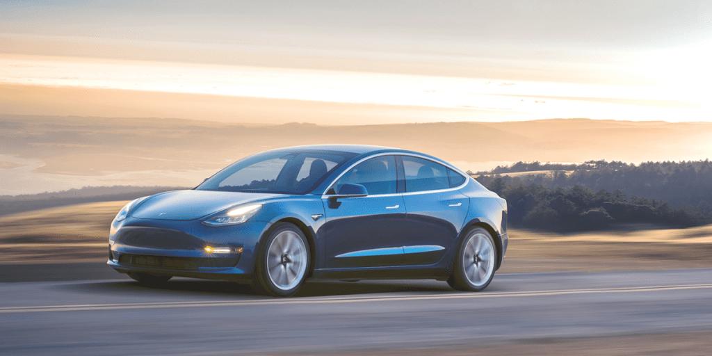 Tesla Model 3 уязвима перед DoS-атаками, информационная безопасность курсы повышения квалификации Одесса