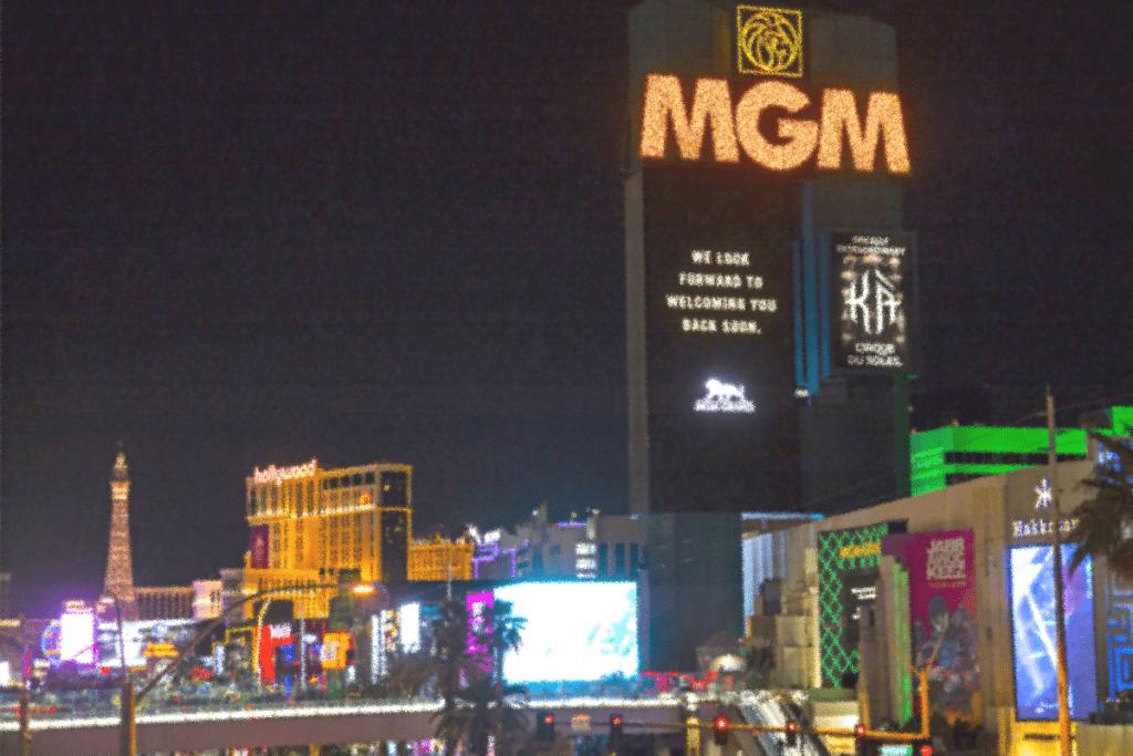 Владельцы MGM Resorts сознательно занизили масштаб утечки данных, специалист по защите информации профессия Баку